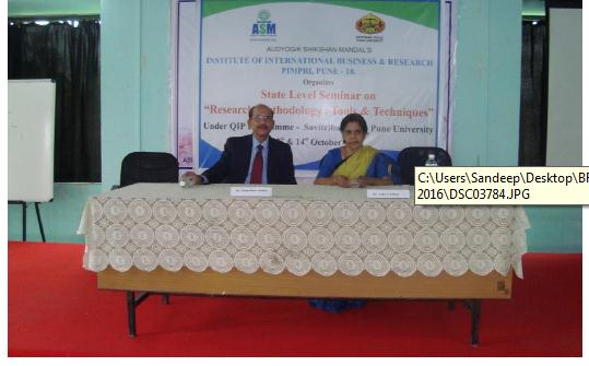 Seminar on Research Methodology and Tools (IIBR)