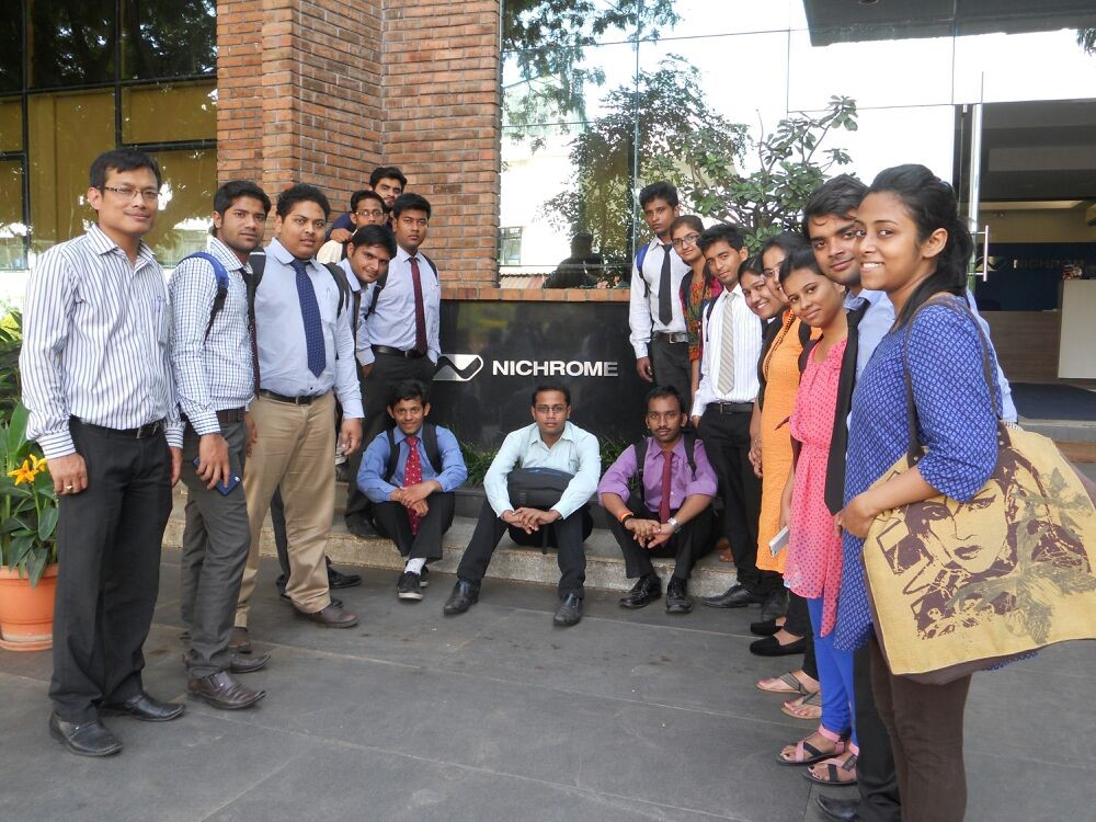 Students of IPS visited Nichrome Company